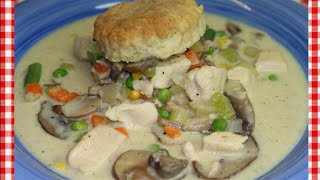 Classic Creamed Chicken and Biscuits ~ Chicken A'La King Recipe ~ Noreen's Kitchen
