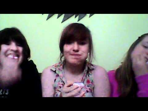 Lucy, Leah and Ellie Flump challenge for One Direction