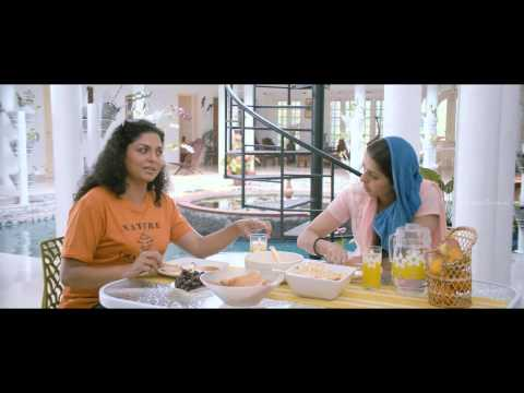 Buddy Malayalam Movie   Scenes   Asha Sarath And Bhumika Chawla Intro