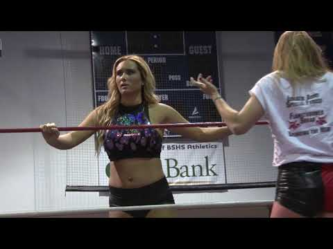 Maria Manic and Lunachick vs Kelly Klein and Nyla Rose
