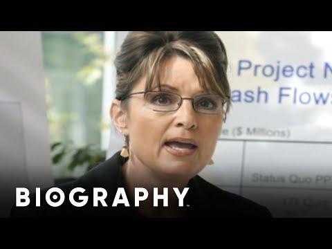 Sarah Palin - U.S. Governor | Mini Bio | BIO