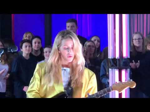 """BBC The One Show Live """"Sixteen"""" Ellie Goulding - Full Performance - Outstanding"""