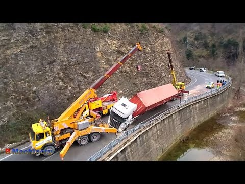 Heavy Rescue Equipment, Cranes Rescue Vehicles Extremely Dangerous, Best Of Car Fails Compilation!