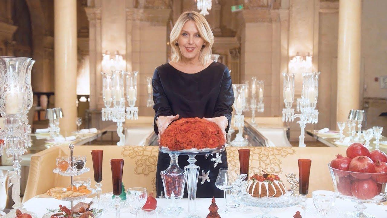 Сервировка новогоднего стола 2020 в красном цвете: советы от Татьяны Рогаченко