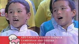 Luciano Pavarotti & Cambodian and Tibetan Children