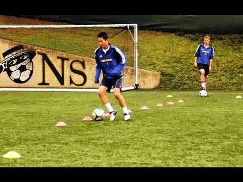 soccer trapping and dribbling