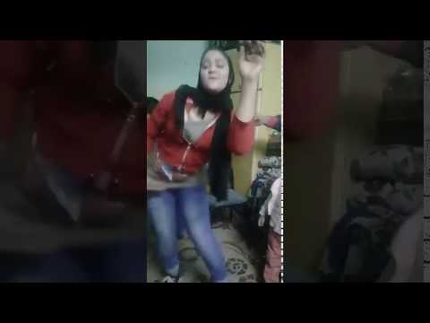 Fake model scouts tricking UK girls into sharing explicit photosKaynak: YouTube · Süre: 3 dakika16 saniye