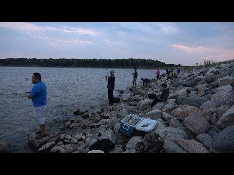 Hmong Fishing ND Devils Lakes 8/5/18 Lom Zem Kawg P-2