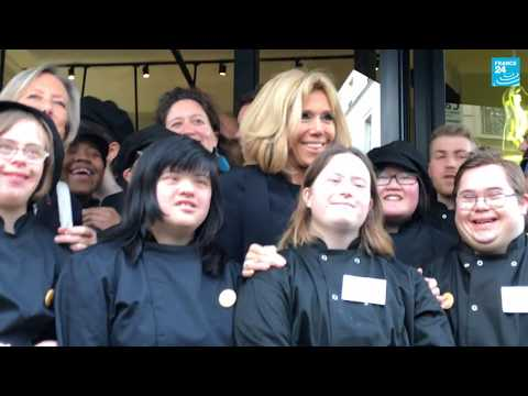 Café Joyeux In Paris Offers Jobs For People With Disabilities
