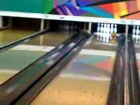 Mendel Waks Bowling video #1 in Montreal