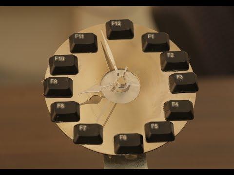 Clock With keyboard easy homemade diy
