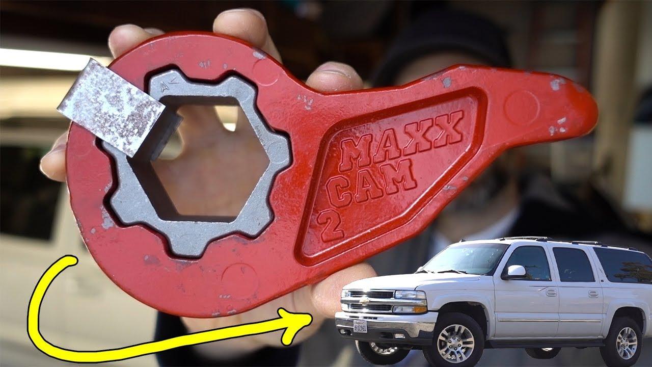 "TAHOE 2001-2006 FRONT LOWERING KIT 1-3/"" FORGED ADJUSTABLE DROP TORSION KEYS 2WD"