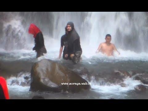 Image of Video Mandi di Arena Wisata Alami Air Terjun Mistis -Curug Cipamingkis