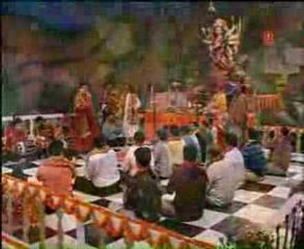 Saaj Dhaj kar baithi maa
