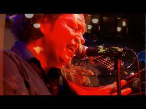 Ned Evett - The Glass Guitarist