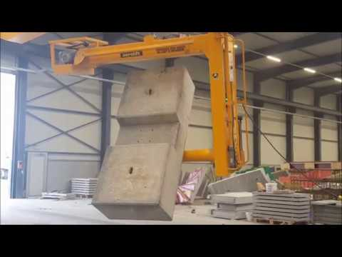 Vacuum lifter to demould and turn concrete elements