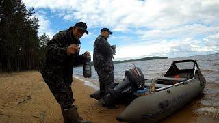 Рыбалка в Карелии на разбушивавшимся Сямозере на троллинг
