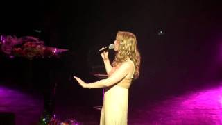 Watch Lara Fabian Alfie video