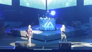 Linkin Park Until it Breaks verse2 - Waiting for the End @ Ziggo Dome Amsterdam 07-11-2014