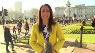 البريطانيون يطالبون الملكة بدفع ثمن ترميم قصر باكنغهام
