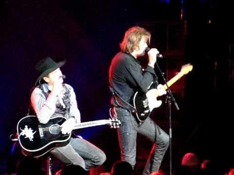 Brooks & Dunn - That's What She Gets For Loving Me - Nashville