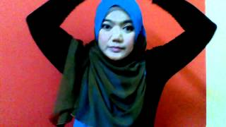 Tutorial Pertama Two tone Shawl : Atierah from Stylovey