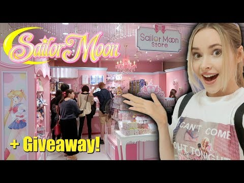 The First OFFICIAL Sailormoon Store Opened in Tokyo- What's Inside?