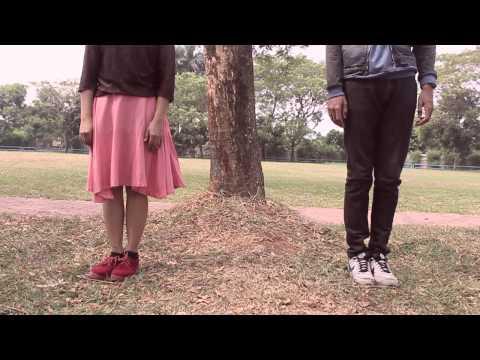 VIDEO CLIP Sepatu by Tulus