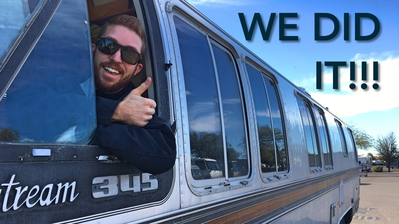 Driving A Vintage Airstream Motorhome RV Boondocking On BLM Land