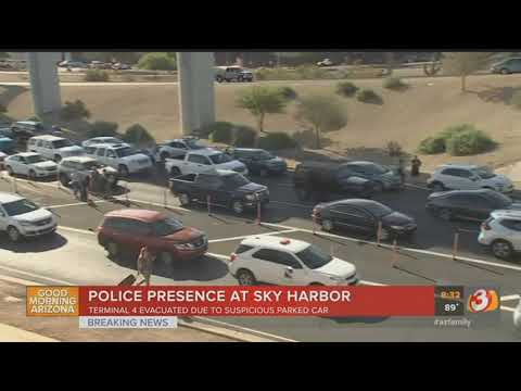 VIDEO: Terminal 4 at Phoenix Sky Harbor Airport partially closed due to unattended vehicle