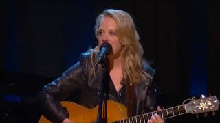 """Joan Baez & Mary Chapin Carpenter sing """"Catch the Wind"""" Live in concert HD"""