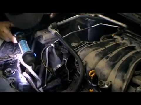 Фото к видео: NISSAN QAHQAI двс MR20DE меняем цепь грм