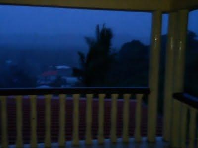 Raw: Fiji Hit by Powerful Cyclone Winston