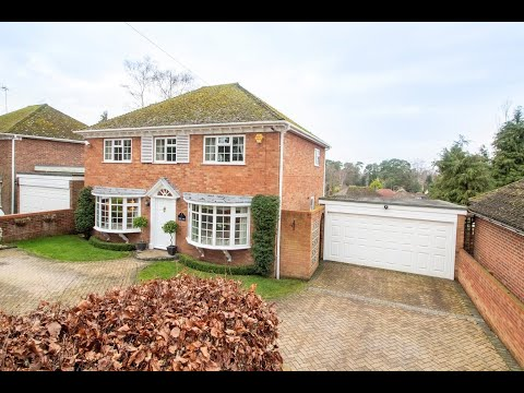 A Four Bedroom Detached House For Sale in Fleet