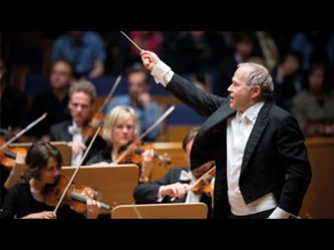 Sommerkonzert mit Paukenschlag - Adam Fischer und die Düsseldorfer Symphoniker