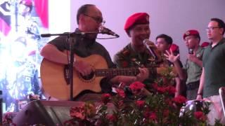 Ebiet G. Ade - Titip Rindu Buat Ayah (Feat Komandan Grup 3 Kopassus, Kol. Inf. Richard Tampubolon) Mp3
