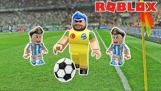 I'M A FOOTBALLPLAYER! Roblox Kick Off / Roblox English