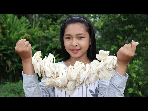 Awesome Cooking Sour Soup Mushroom With Fish Delicious Recipe – Cook Fish Soup -Village Food Factory