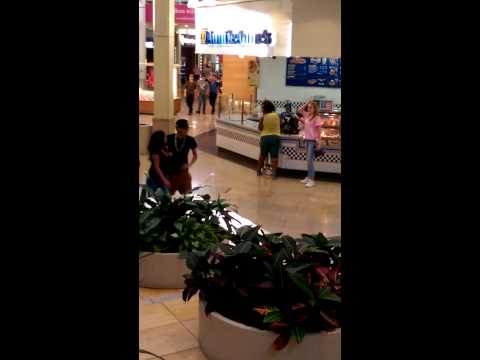 End Of Girl Fight In San Antonio Mall