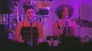 Jill Scott  - Slowly Surely - Live