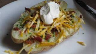 Gluten Free Recipes - It's A Yummee Yummee Ultimate Loaded Baked Potato Recipe!