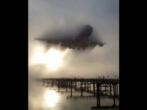 C-5 Galaxy Makes HIGH SPEED EMERGENCY Landing!!!!