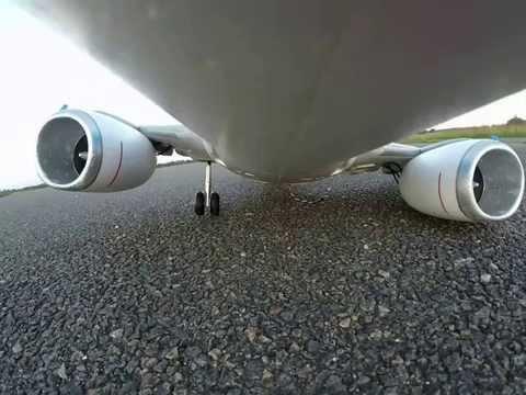 Boeing 737 emergency