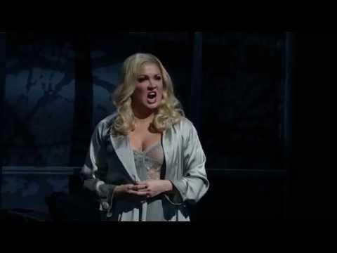 """Macbeth: """"Vieni, t'affretta"""" (Anna Netrebko)"""