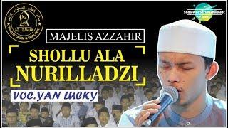 [ MANTAP! ] Shollu 'Ala Nurilladzi _ Az-Zahir Lirik Arab + Latin [ Full HD ]
