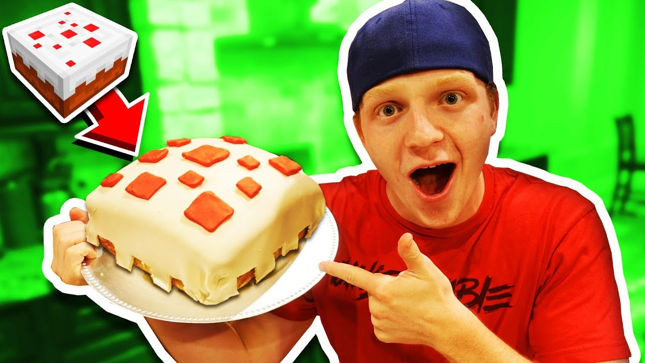 Making A Real Edible Minecraft Cake Diy Cake Youtube