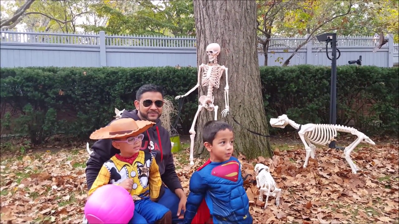Party At NYC Mayor's Home - Gracie Mansion Halloween - YouTube