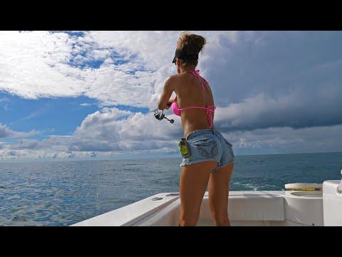 COSTA RICA Mackerel Fishing