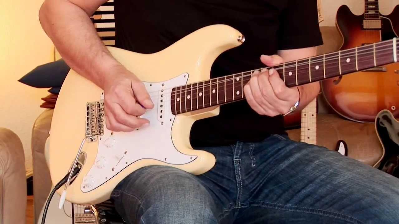 2013 Fender Custom Shop 1962 Stratocaster, NOS, vintage white