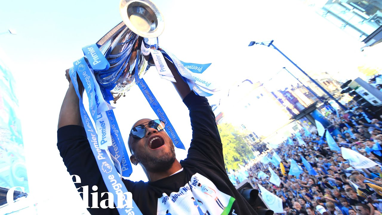 Emotional Kompany bids farewell to Man City fans after open-top bus parade